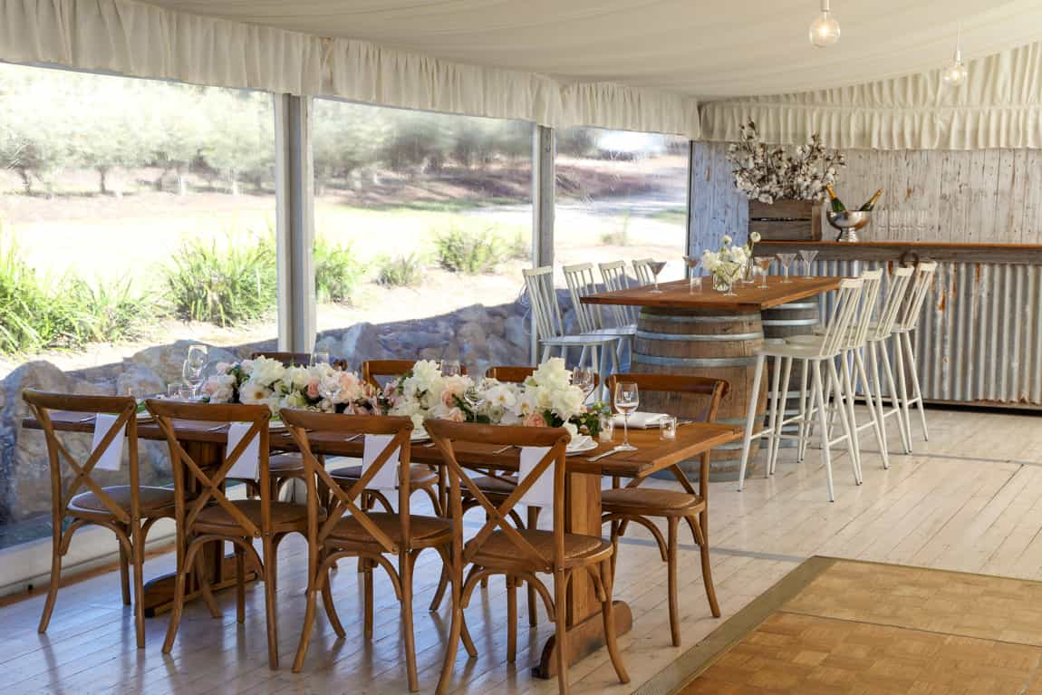 Rustic table setting for 6