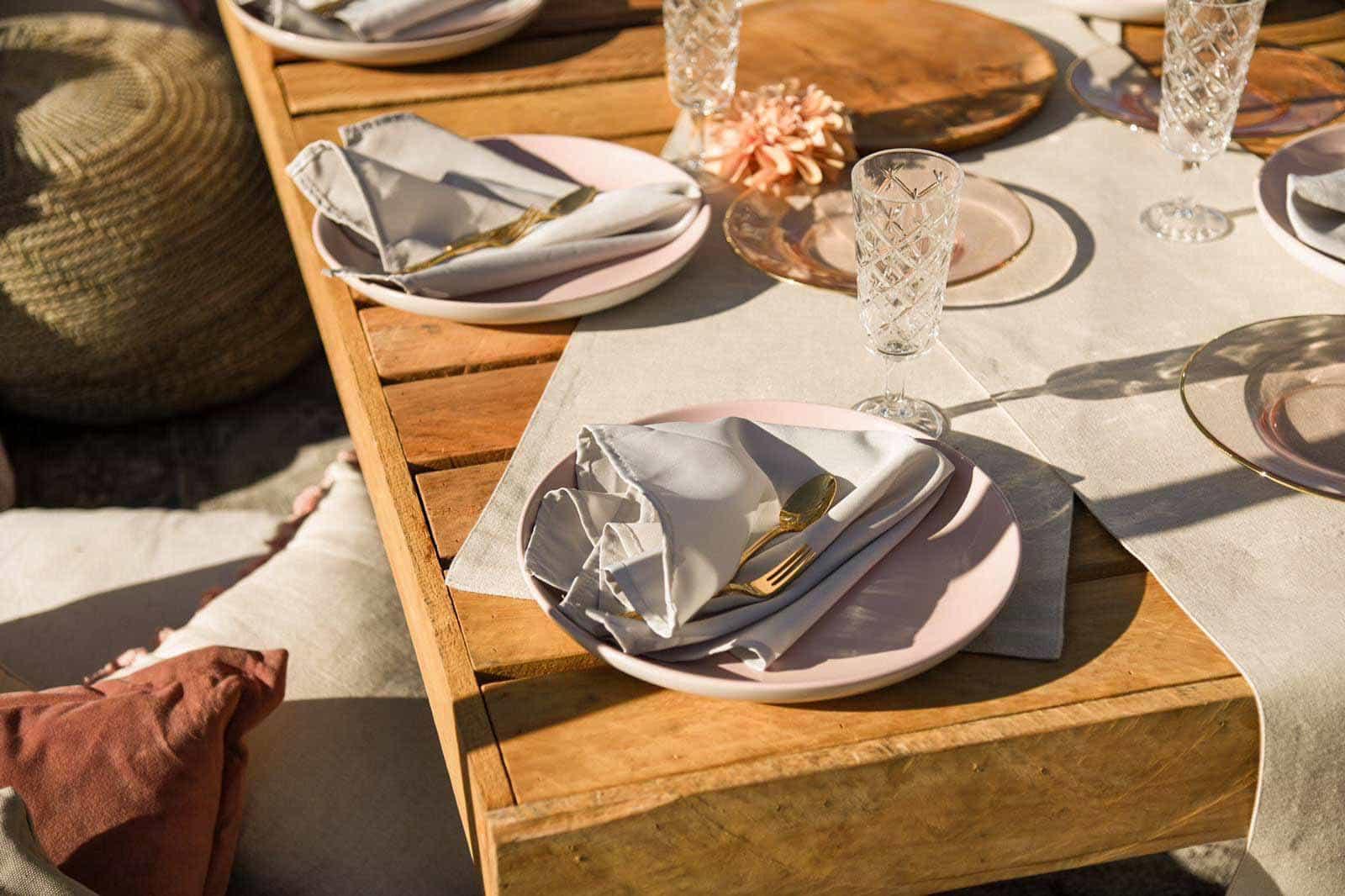 picnic setting-4